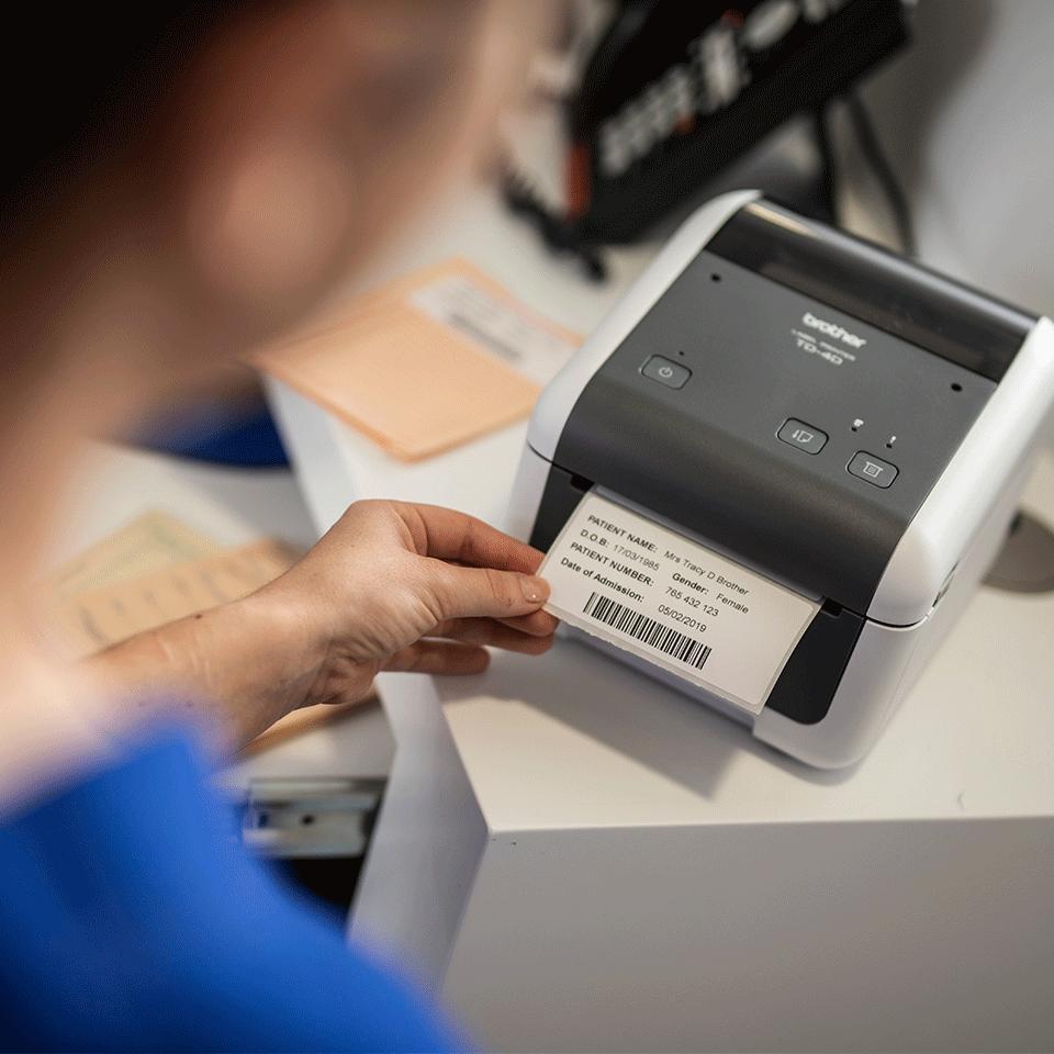 TD-4520DN Professionele desktop labelprinter met bekabelde netwerkverbinding 6
