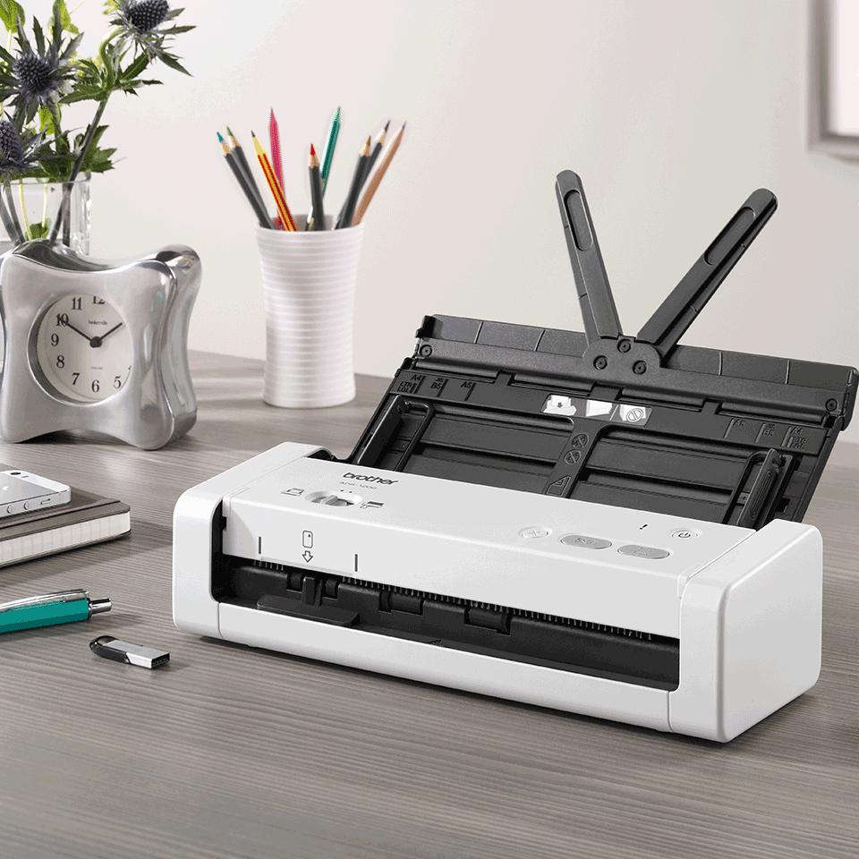 ADS-1200 Compacte, dubbelzijdige documentscanner 8