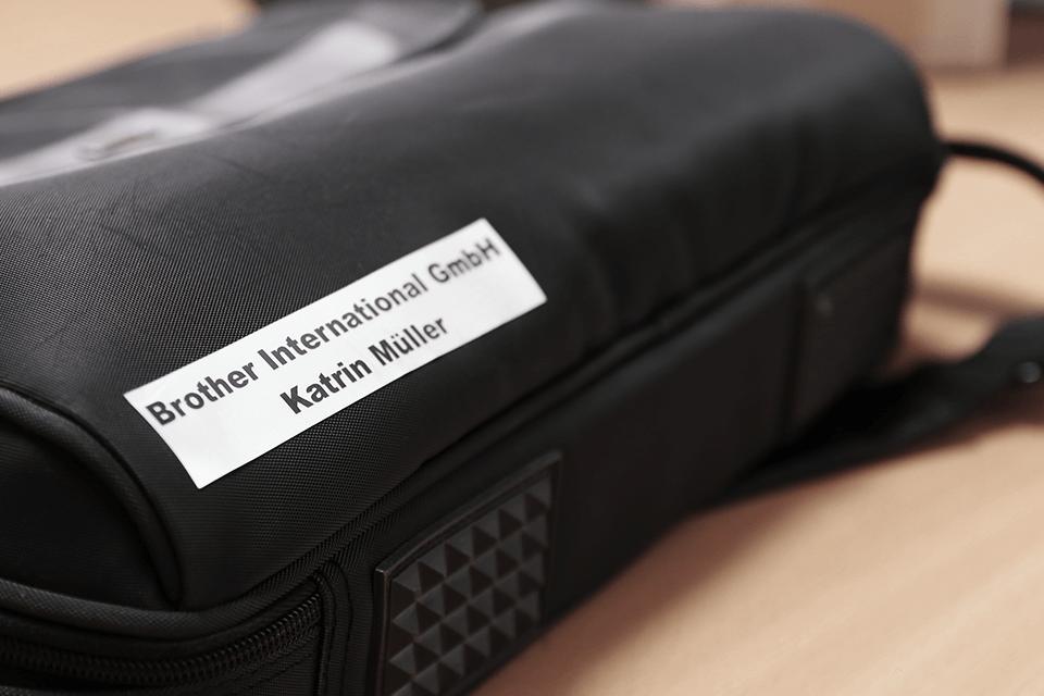 Originele Brother TZe-M951 tapecassette – zwart op mat zilver, breedte 24 mm 4
