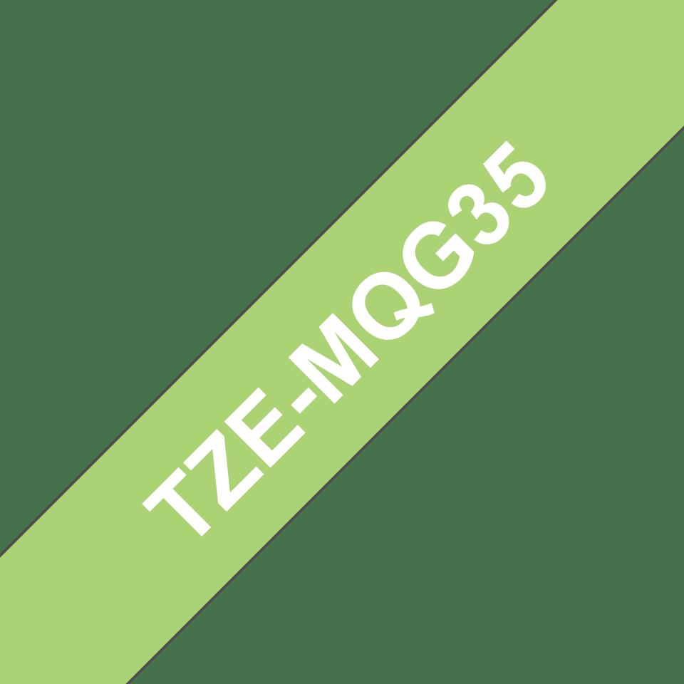 Originele Brother TZe-MQG35 label tapecassette – wit op lime groen, breedte 12 mm